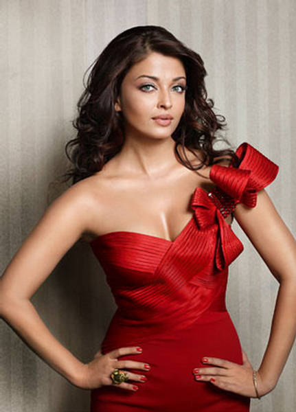 Aishwarya Rai  Bollywood Hot Chicks-8222