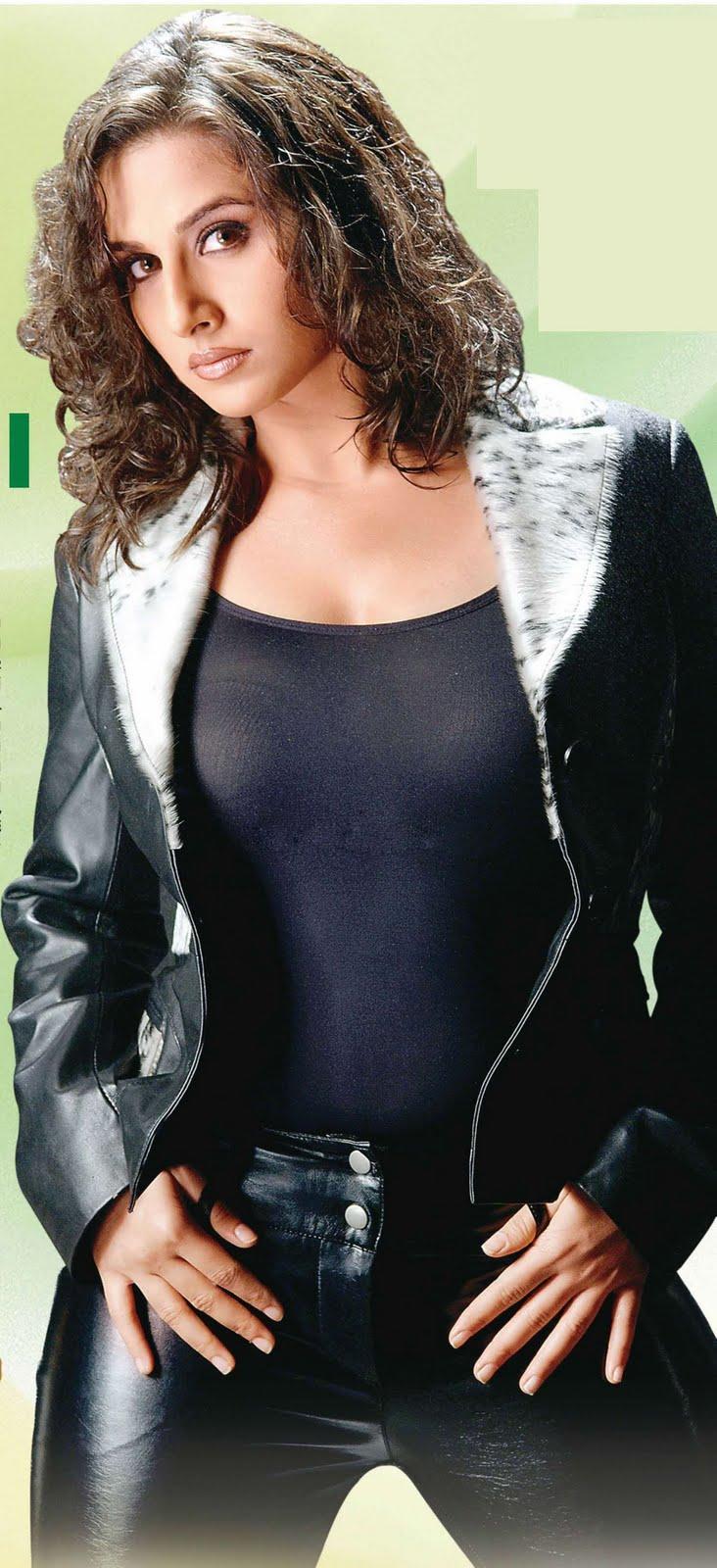 Vidya Balan  Bollywood Hot Chicks-3732